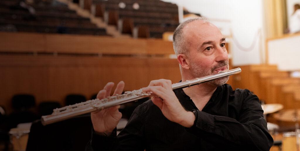 Juan Carlos Chornet - Slider